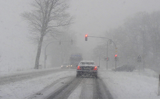 Winter Holiday Driving Safety Tips