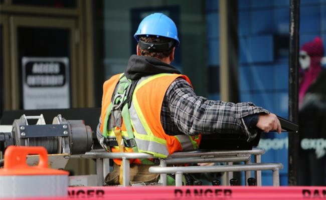 Sicherheitskamera Bietet Beweise Für Baustellen-Unfall