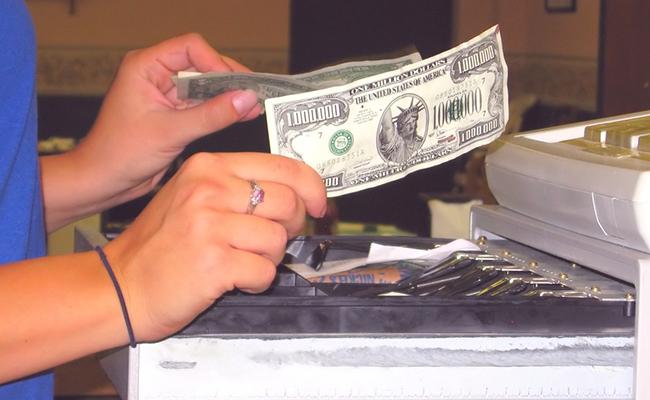Diebstahl Von Bargeld Durch Mitarbeiter